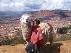 リャマと子供村山