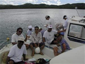 ヤップ島での現地調査風景
