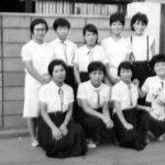女子会?後列左の富永さんの家(富永さんは一人娘でしたが、妊娠中バスに接触し20代でなくなりました)-2